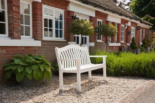 Vorgarten Gestaltungsidee – Beispiel eines kleinen englischen Landhauses mit ...