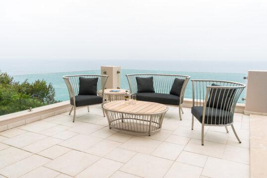 Gestaltungsidee für die Terrasse oder den Balkon – Beispiel mit einer Metalls...