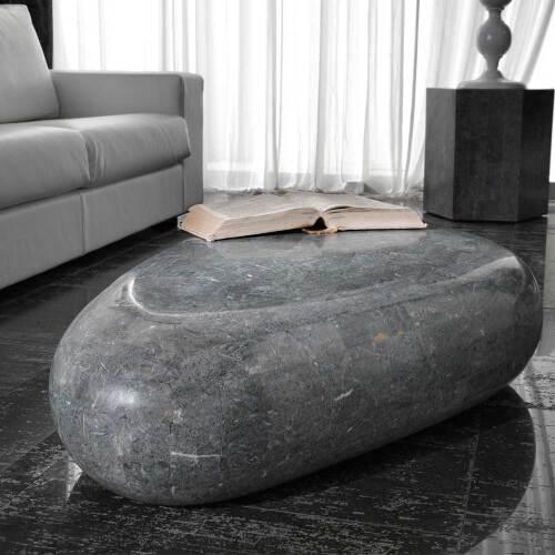 Organischer Couchtisch aus Stein modern