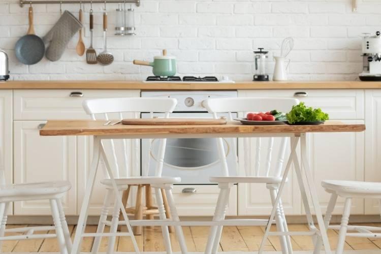 Ausziehbare Küchentische aus Holz, Glas & Metall