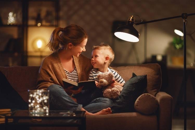 Das perfekte Licht zum Buch lesen mit Leselampen & Leseleuchten