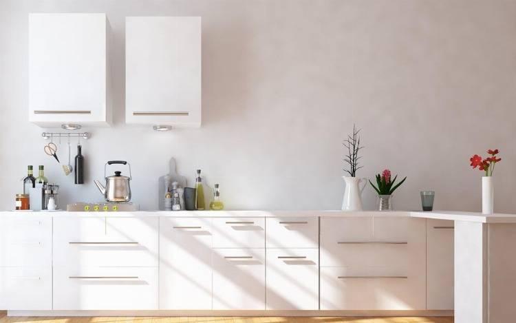Günstige Küchenoberschränke aus Glas, Holz und Co.