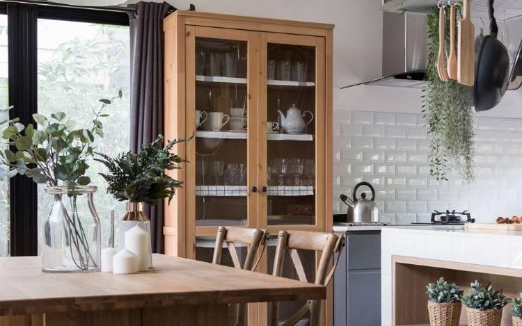 Massive Holzschrank in Eiche, Kiefer & Buche für Schlafzimmer, Wohnzimmer & Küche