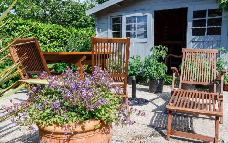 FSC zertifizierte Teakholzliegen mit Rollen - Klappfunktion für Terrasse, Balkon & Garten