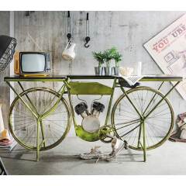 Designtisch in Grün und Mangobaum Fahrrad Style