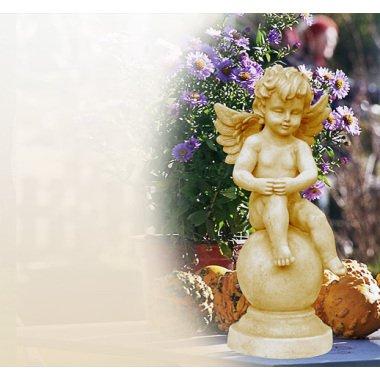 Gartenskulpturen als Engel