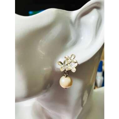 Ohrring Blütentrio Silber Mit Süßwasserper...