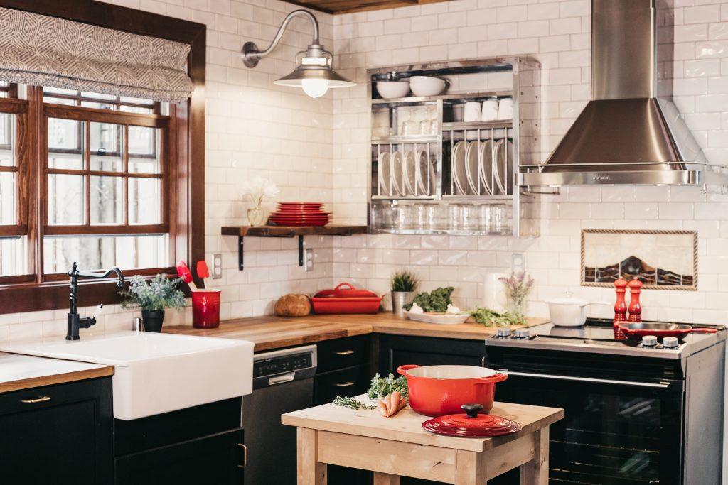 Die Küche stellt oft den Mittelpunkt des Wohnraums dar.