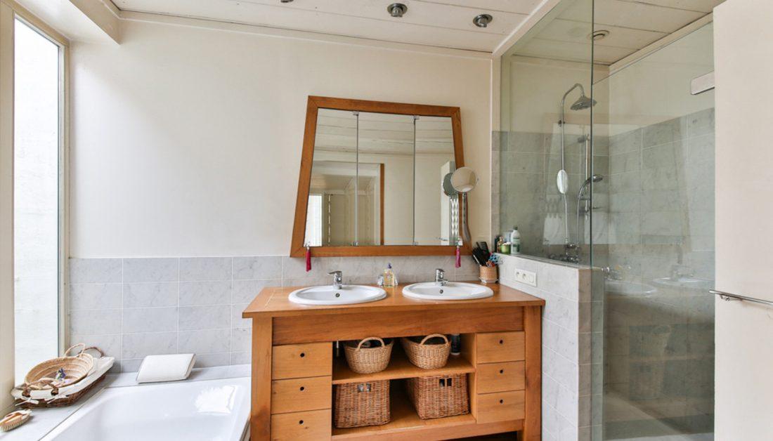 Badezimmer Im Skandinavischen Stil Wohnidee Badewanne Und Dusche