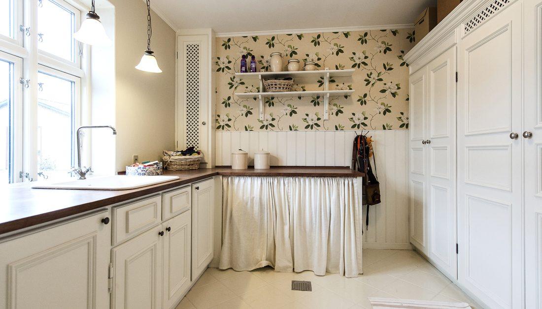Wandgestaltung Kuche 22 Ideen Fur Tapete Mit Wandfarbe Streichen
