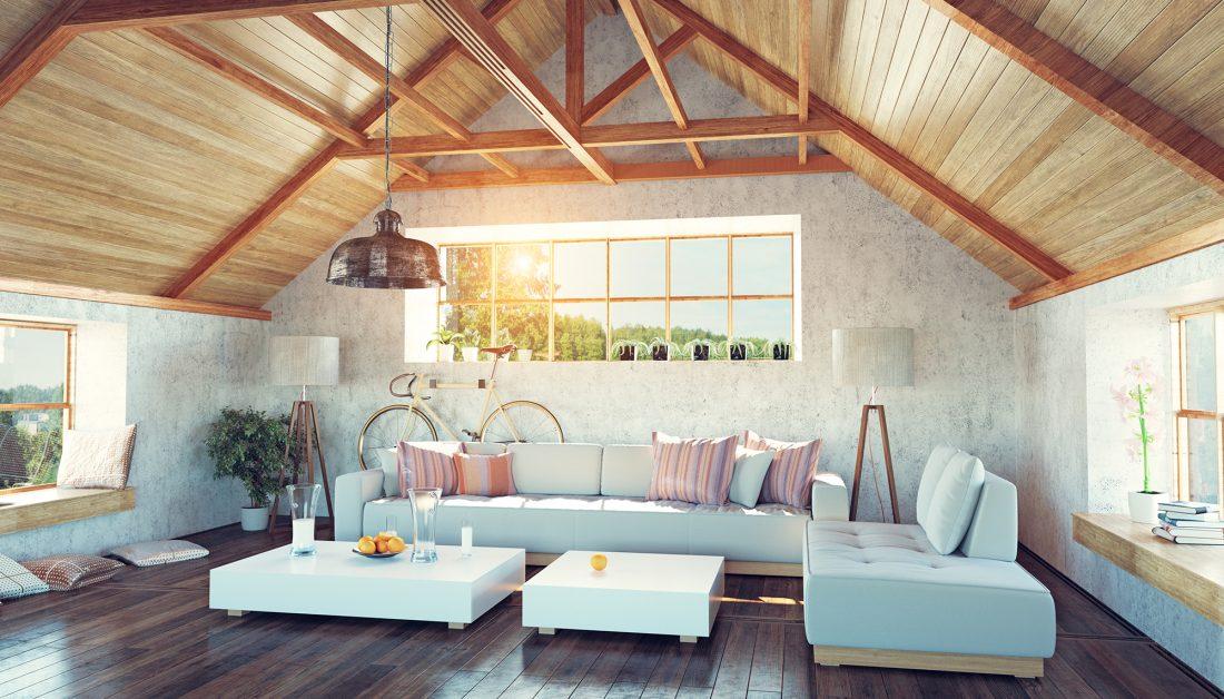 Modernes helles Dachgeschoß mit Holzvertäfelung und ...