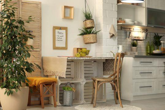 Idee mit einem kreativen DIY Essplatz in der Küche im Landhausstil – Gestaltu...