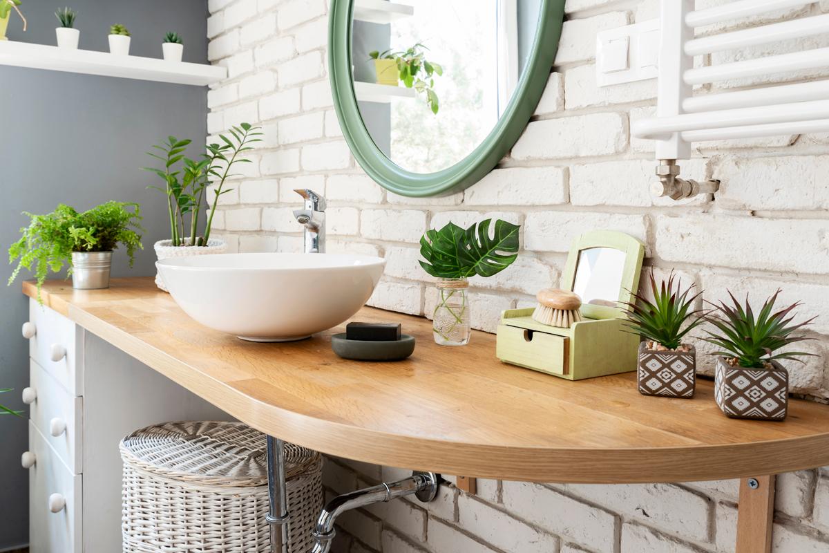 Badezimmer Idee Landhausbad mit Deko & Pflanzen