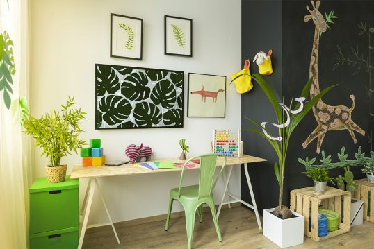 Dschungel Feeling im Kinderzimmer – Idee für das Kinderzimmer mit Schreibtisc...